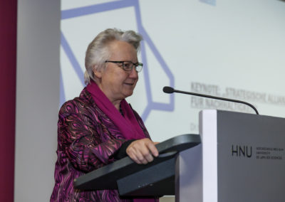 Dr.h.c.mult. Annette Schavan bei ihrer Eröffnungsrede.