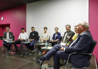 """Podiumsdiskussion """"Nachhaltig leben in der Region - eine kritische Bestandsaufnahme"""""""