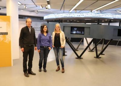 Prof. Dr. Stefan Kochanek, Dr. Astrid Kritzinger und Dr. Lea Krutzke von der Universität Ulm gaben einen Überblick über Funktionsweise und Potenziale neuer Therapiearten wie Zell- und Gentherapie.