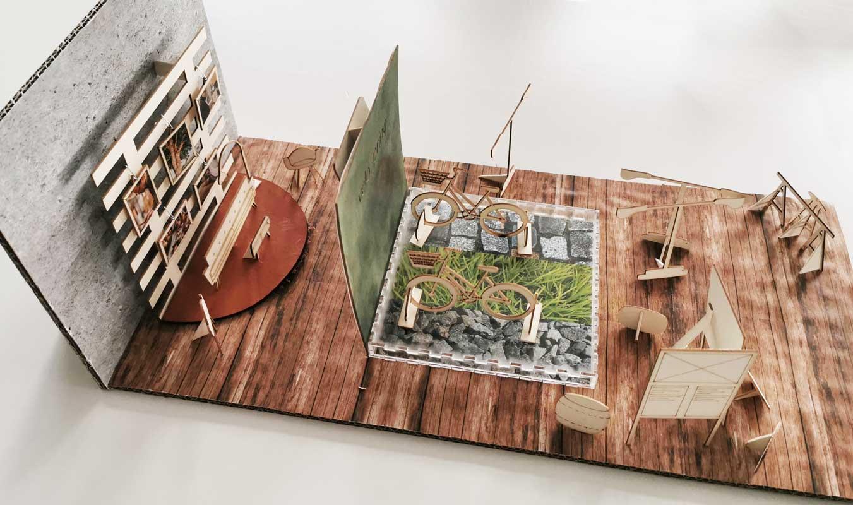 Modell eines Messestands für eine Fahrradfirma. Die Ausstellungselemente des Messestands sind mit Lasercut aus Holz geschnitten.