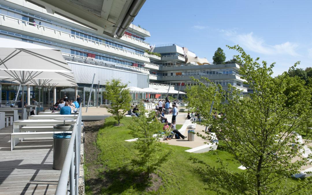Bild vom Campus der Universität.